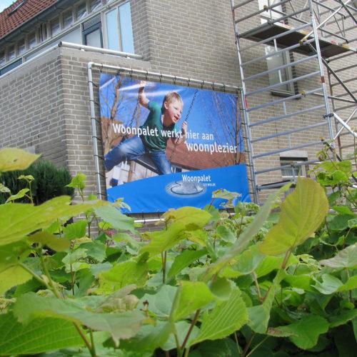 Woonpalet, spandoek renovatiewerkzaamheden